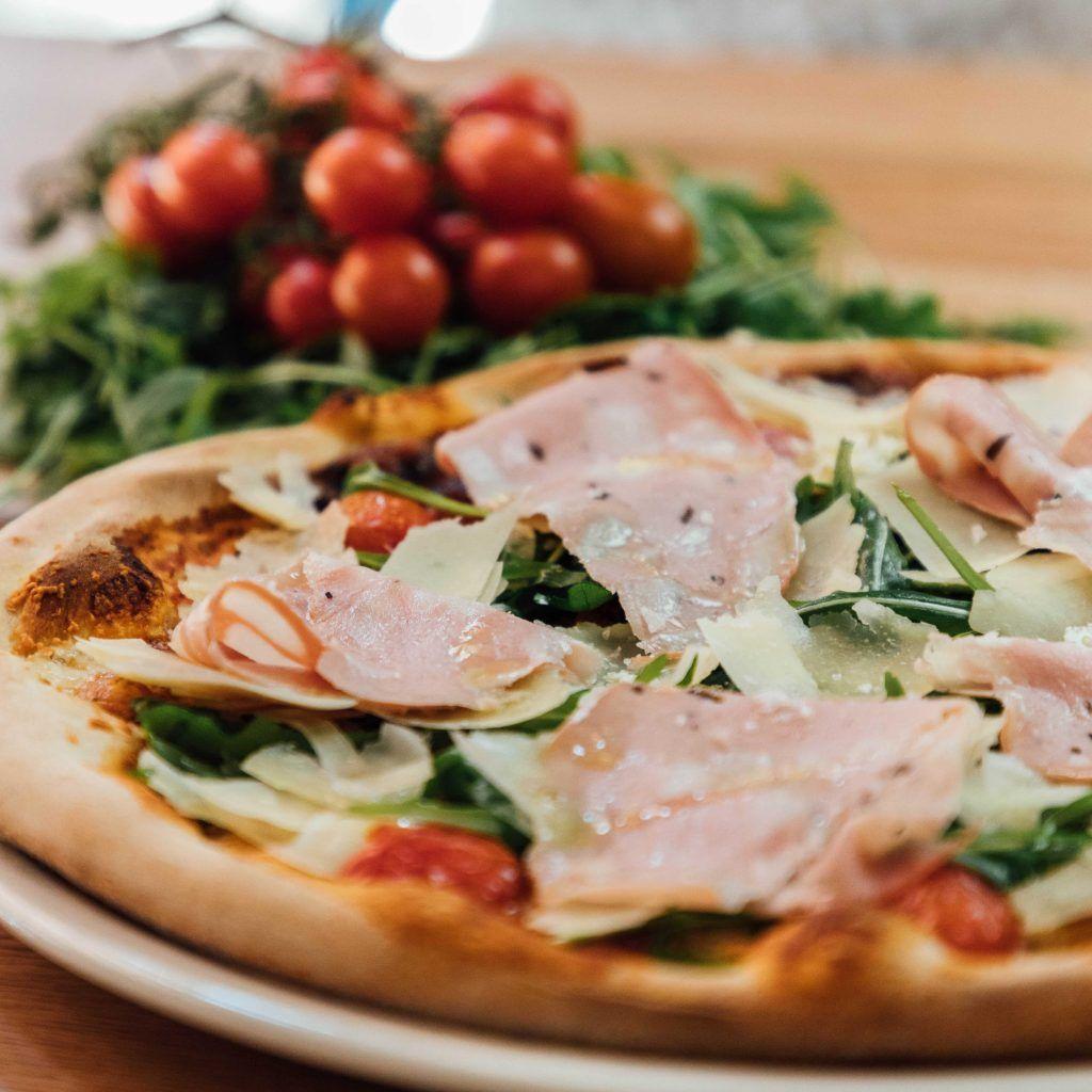 comida italiana pizza